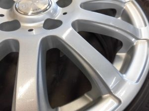 昭島市 シルバー塗装ホイール傷修理