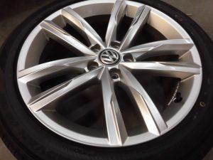 立川市 VWハイパーシルバーアルミホイール傷修理