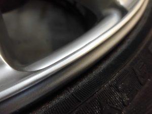 あきる野市 ハイパーシルバー塗装ホイール傷修理