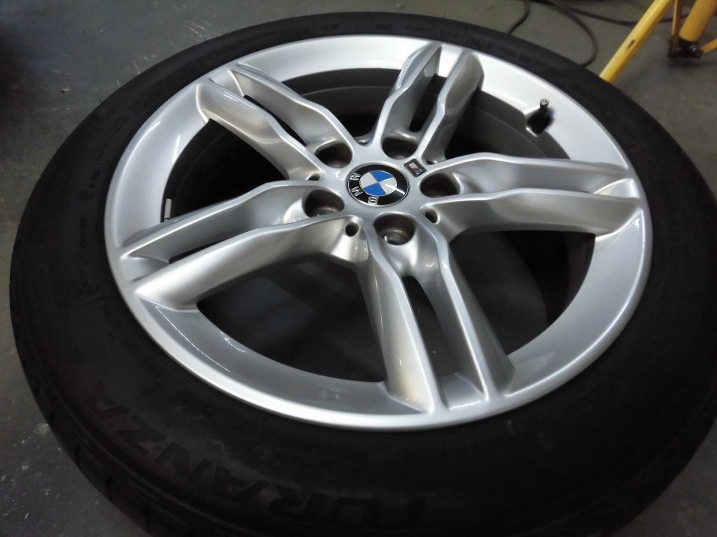 飯能市 BMWアルミホイール傷修理