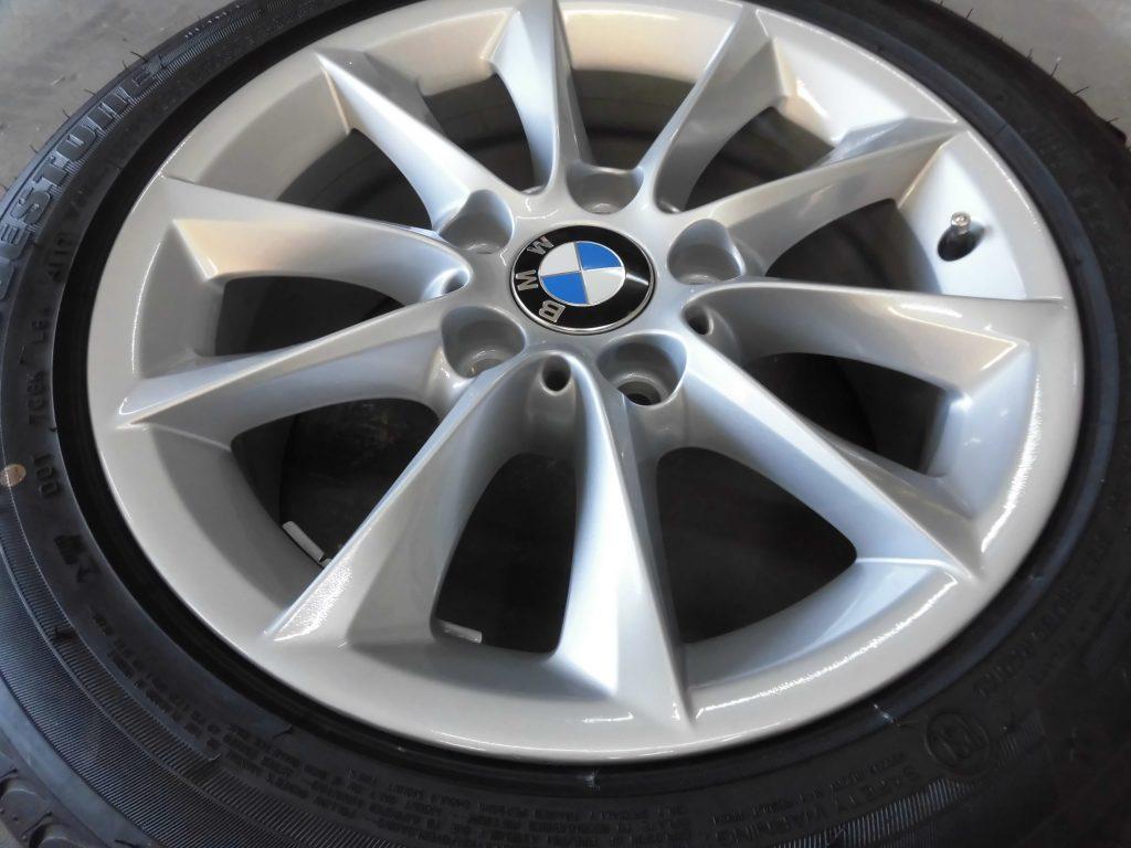 羽村市 BMWシルバー塗装ホイール傷修理