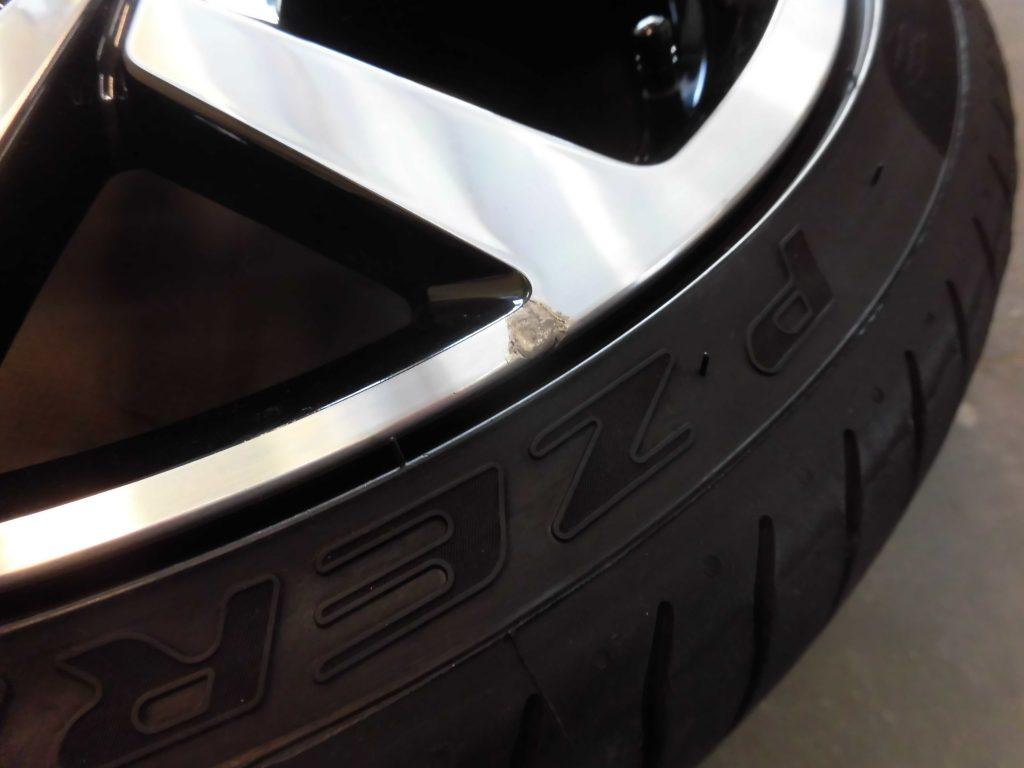 八王子市 VWポリッシュホイール傷修理