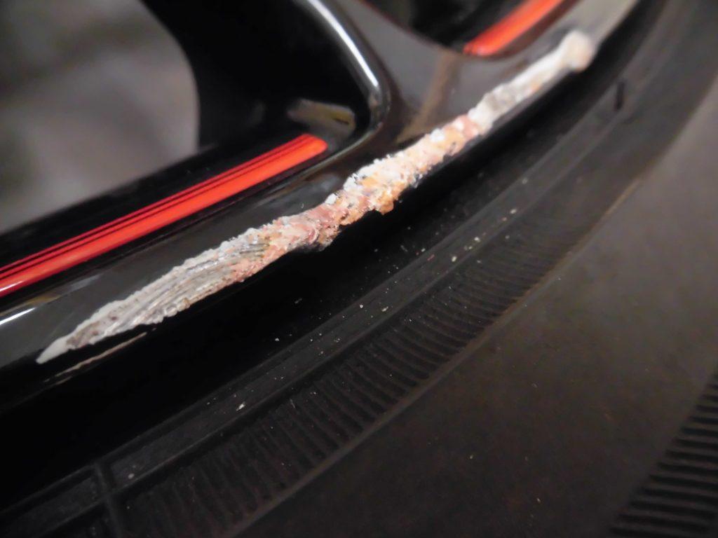 日野市 G'sブラック塗装ホイール傷修理