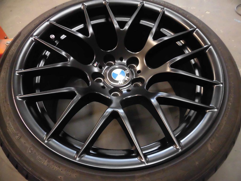青梅市 BMWマットブラックホイール傷修理