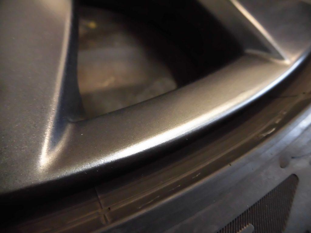 あきる野市 VWガンメタホイール傷修理