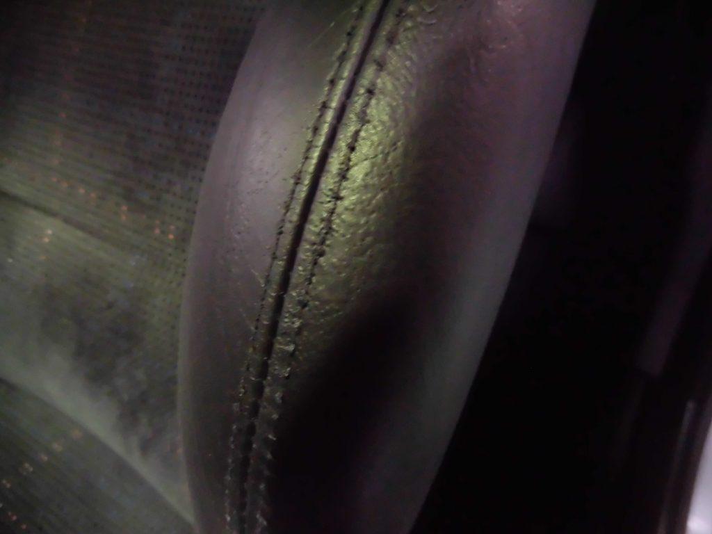 立川市 内装レザーシート修理