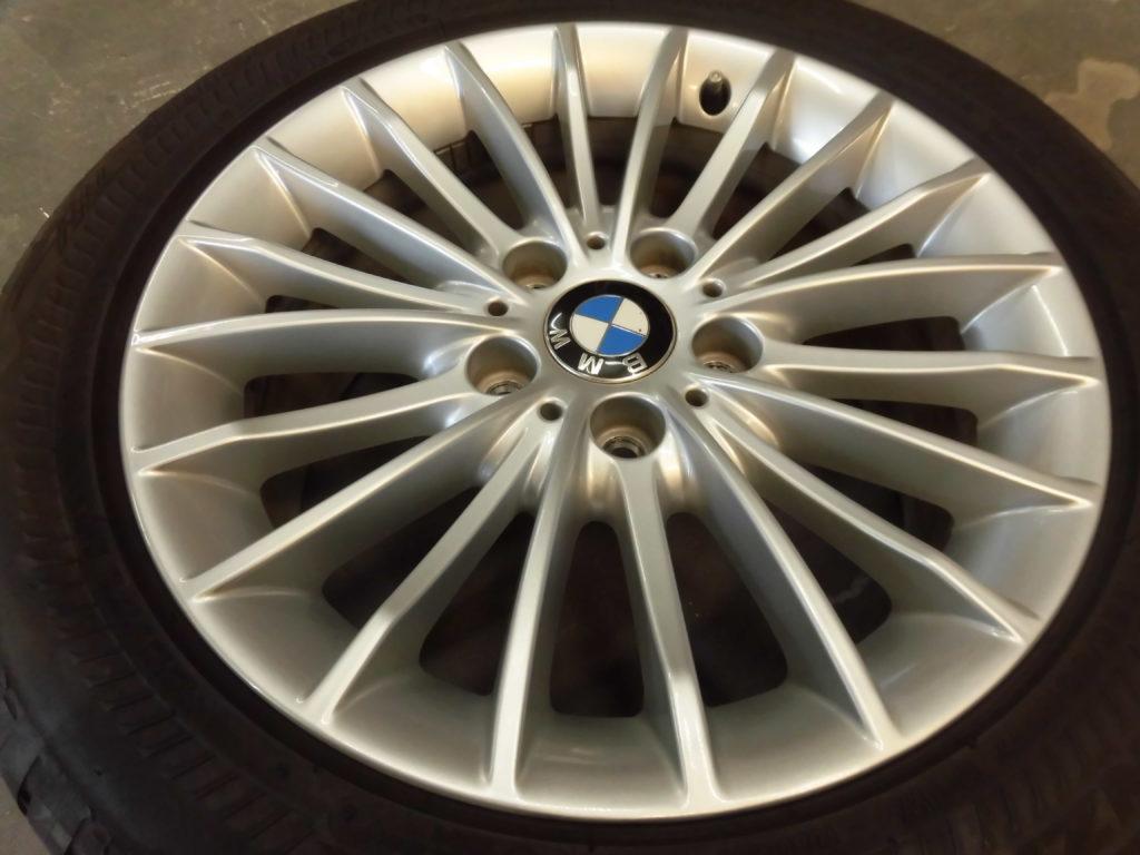 東大和市 BMWシルバーホイール傷修理
