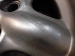 八王子市 ローバーホイール修理 再塗装