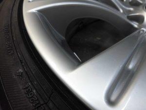 福生市 BMWハイパーシルバーホイール傷修理
