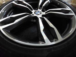 大田区 BMWポリッシュホイール傷修理