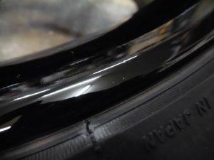 福生市 ブラック塗装ホイール傷修理